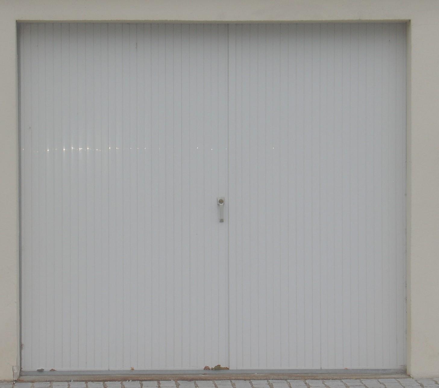 la porte of 24mm sur cadre corni re correze fermetures. Black Bedroom Furniture Sets. Home Design Ideas