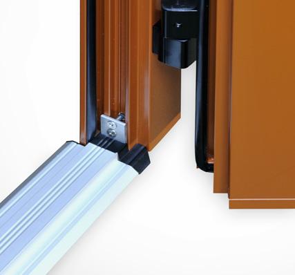 La porte de garage isolante 52mm correze fermetures for Coefficient thermique porte de garage